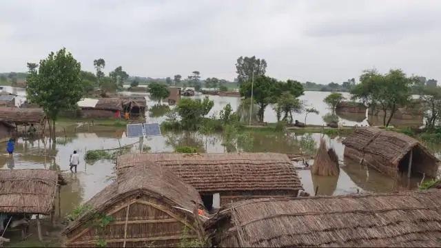 Gonda News : घाघरा नदी का जलस्तर बढ़ना शुरू
