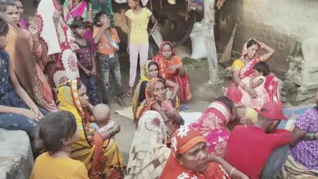 Basti News : बेकाबू ट्रक ने पांच मजदूरों को रौंदा, तीन की मौत