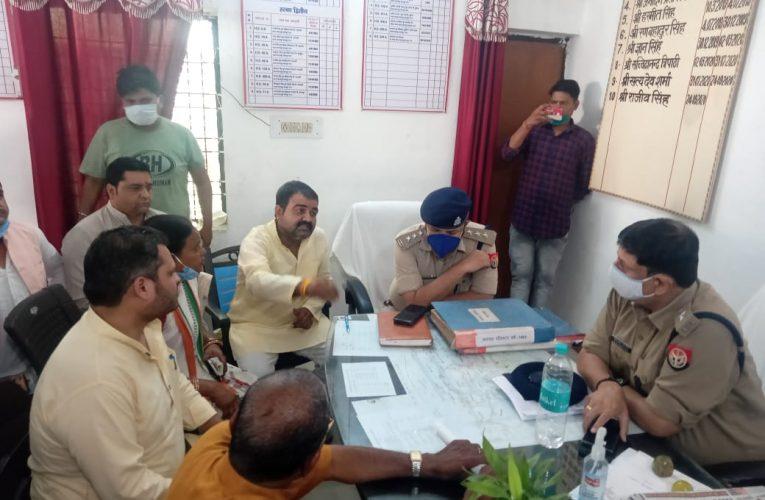 पप्पू हत्याकांड : सपा के बाद कांग्रेस ने भी पुलिस पर लगाया हत्या करने का आरोप