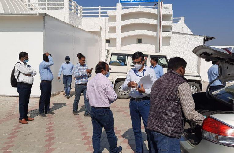 UP News : मानक जांचने कुशीनगर एयरपोर्ट पहुंची डीजीसीए टीम, उड़ान के लिए लाइसेंस की कवायद