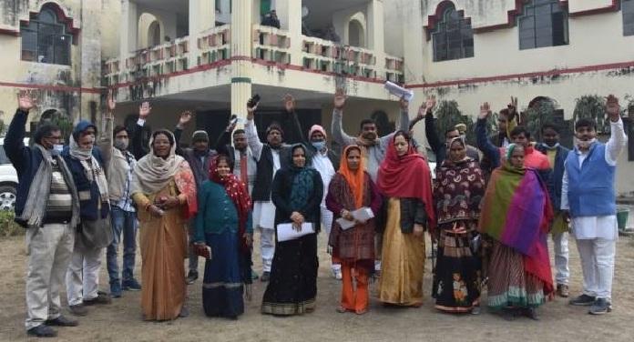 हंगामे के बीच लेबर बजट पारित, 23 जिपं सदस्यों ने दिया इस्तीफा
