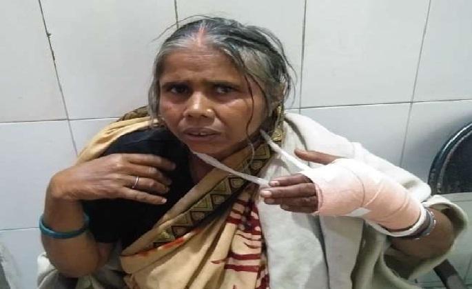Shravasti News:जब घर में घुसे बदमाशों से भिड़ गई वृद्धा, छीन लिया तमंचा