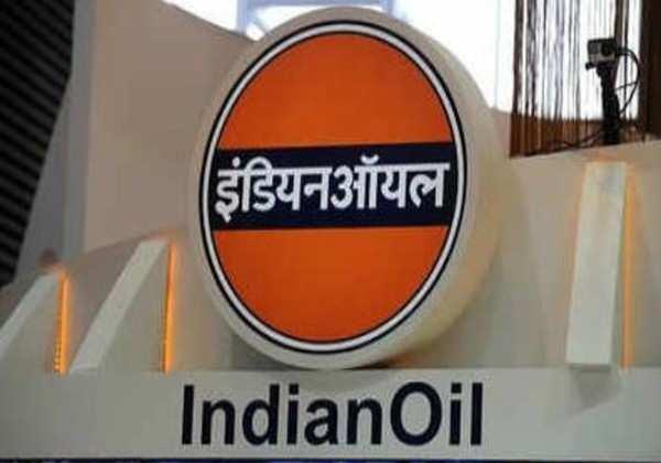 Business News  : आलोचना से सहमी तेल कंपनियों ने आज कीमतों को रखा यथावत