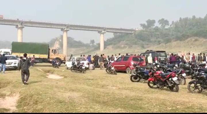 UP News : यमुना नदी में कूदे बीटीसी के छात्र का शव मिला, भाई ने की शिनाख्त