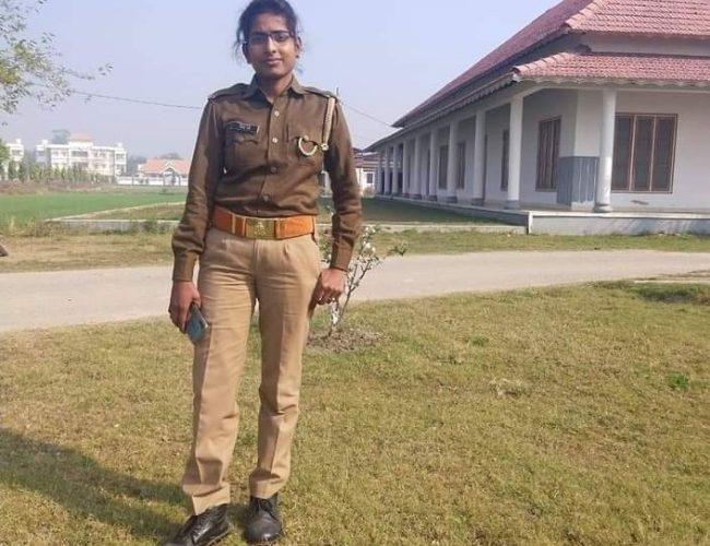 UP News : मोबाइल फोन मिलने के बाद खुलेगी महिला पुलिस कर्मी की गुत्थी !