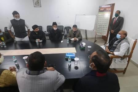 Lucknow News : कल्बे सादिक के बेटों से मिले रक्षामंत्री राजनाथ सिंह, जताया दुख