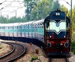 गोरखपुर से आनंद विहार के बीच लखनऊ होकर 28 से चलेगी स्पेशल ट्रेन,अमृतसर-दरभंगा एक्सप्रेस 23 को रद्द