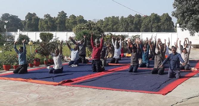 Gonda News:मनुष्य के सुखमय जीवन का आधार है योग-सुधांशु