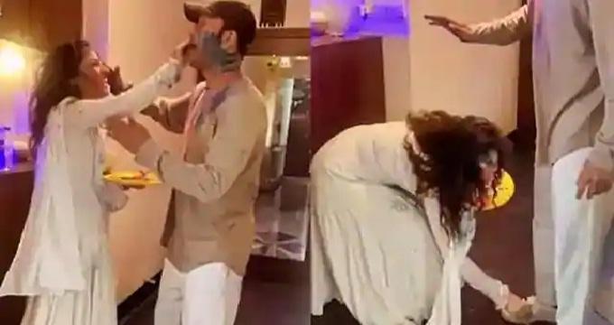 अंकिता ने ब्वॉयफ्रेंड संग मनाई होली, पैर छूकर लिया आशीर्वाद
