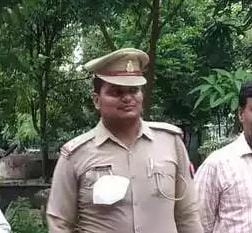 बस्ती : युवती ने ब्लॉक किया नंबर तो आशिक दरोगा ने परिजनों पर कर दिया मुकदमा