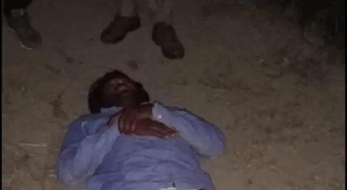 Ayodhya News:पुलिस मुठभेड़ में 25 हजार का इनामिया बदमाश गिरफ्तार