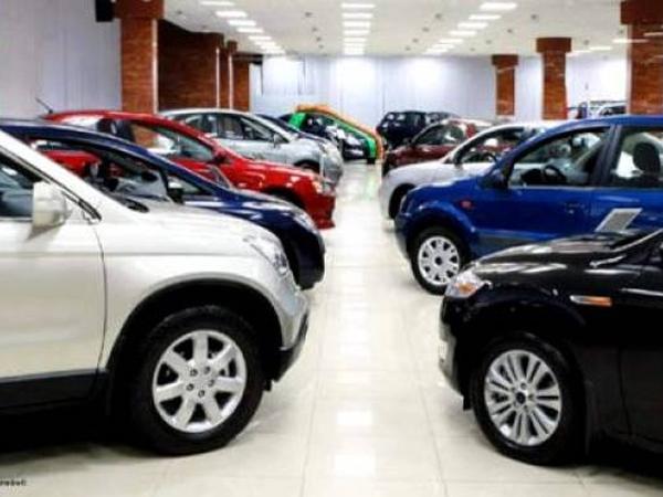 व्यापार : मार्च में यात्री वाहनों की बिक्री 28 फीसदी बढ़ी: फाडा
