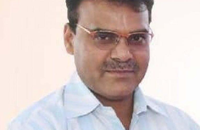 अलीगढ़ :  किसी भी प्रकार की अफवाह में आकर आवश्यक वस्तुओं की न करें जमाखोरी:डीएम डीएम चन्द्रभूषण