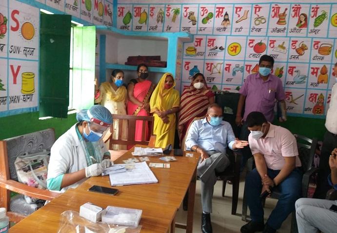 Gonda News:गुरु अर्जुन देव के शहीदी दिवस की पूर्व संध्या पर कार्यक्रम आयोजित