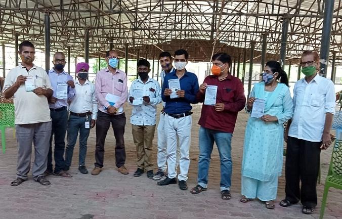 Shravasti News:मीडिया के लोगों का हुआ वैक्सीनेशन