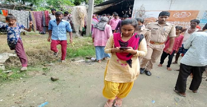 UP News: भाई ने बहन को नदी में फेंका, 15 किमी बहने के बाद ग्रामीणों ने निकाला