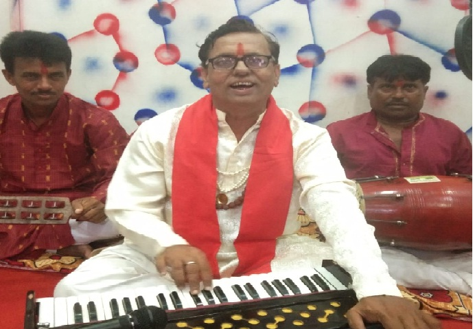 Gonda News:अमृत महोत्सव में शिवपूजन के गीतों से संगीत प्रेमी हुए सराबोर