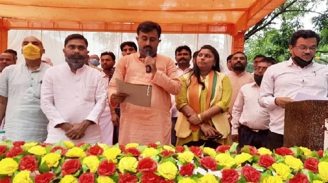 Balrampur News:नौ ब्लाक प्रमुखों ने ली शपथ, कामकाज सम्हाला