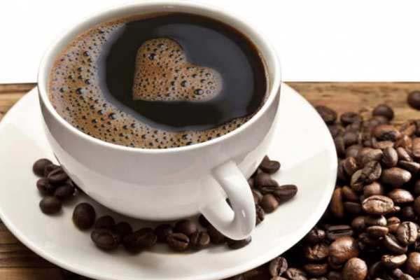 कॉफी पीने से दिल की बिमारियों का खतरा होता है कम