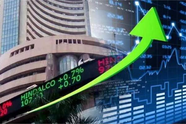 व्यापार : मामूली बढ़त के साथ खुले बाजार