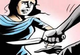 UP News : अधेड़ ने की चाकू से गोदकर पत्नी की हत्या, खुद को किया घायल