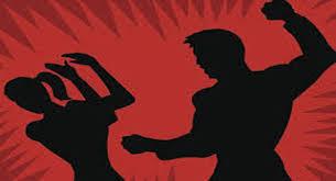 UP News : घर की छत पर सो रही युवती पर जानलेवा हमला, गंभीर