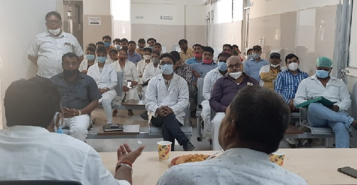 Gonda News: जिला अस्पताल में स्वास्थ्य कर्मियों को सिखाया आपदा प्रबंधन का गुर