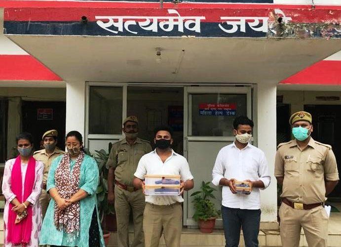 लखनऊ :सीबीआई अधिकारी बनकर बेरोजगारों को नौकरी दिलाने के नाम पर ठगी करने वाले चार गिरफ्तार